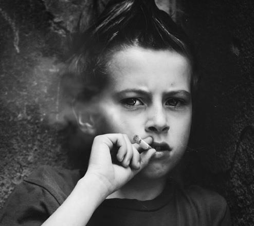 تدخين الاطفال