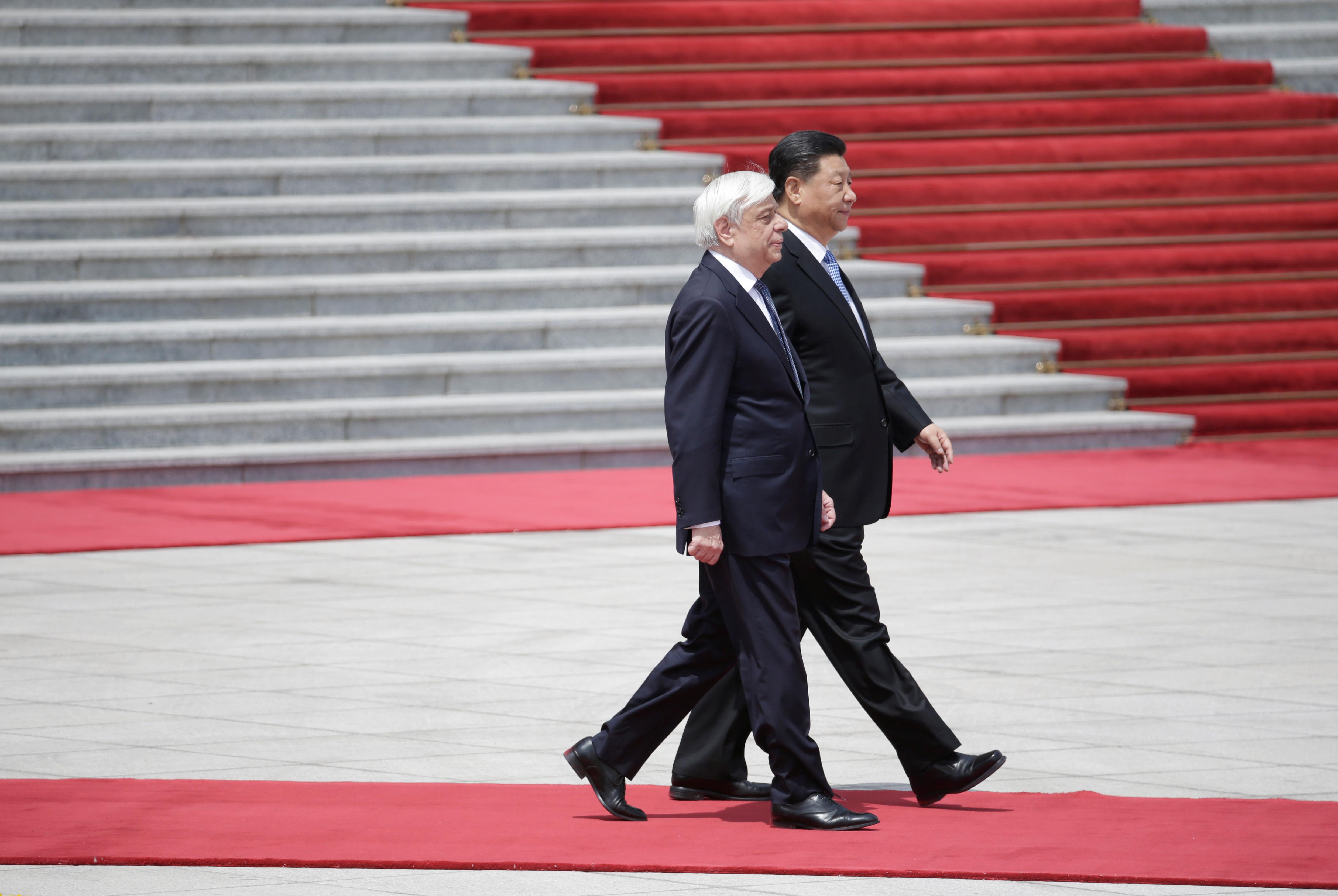 رئيس الصين يلتقى نظيره اليونانى (9)
