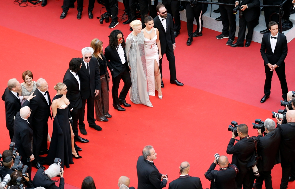 2019-05-14T173343Z_482173841_UP1EF5E1CS759_RTRMADP_3_FILMFESTIVAL-CANNES-OPENING-CEREMONY