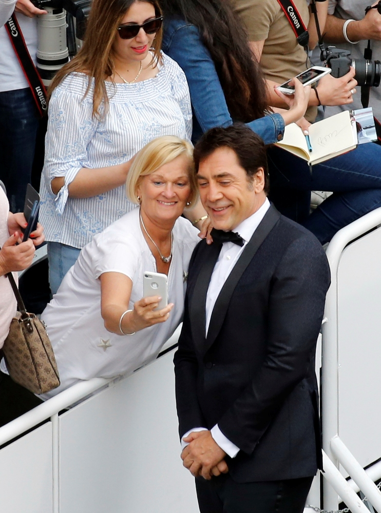 2019-05-14T170648Z_601400370_UP1EF5E1BJC2H_RTRMADP_3_FILMFESTIVAL-CANNES-OPENING-CEREMONY