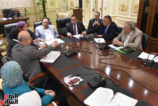 اجتماع  لجنة القوى العاملة بمجلس النواب (5)
