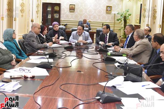 اجتماع لجنة القوى العاملة بمجلس النواب (1)