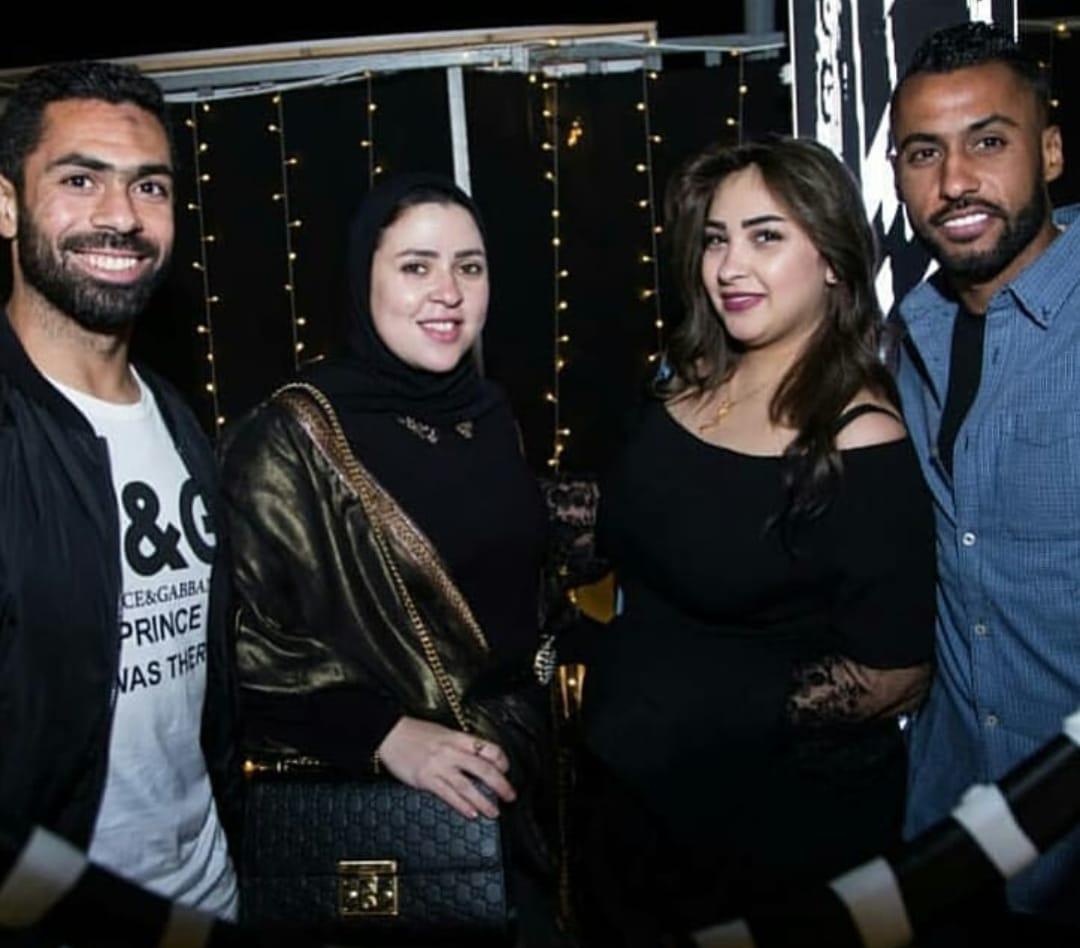 حسام عاشور و زوجته و أحمد فتحى و زوجته