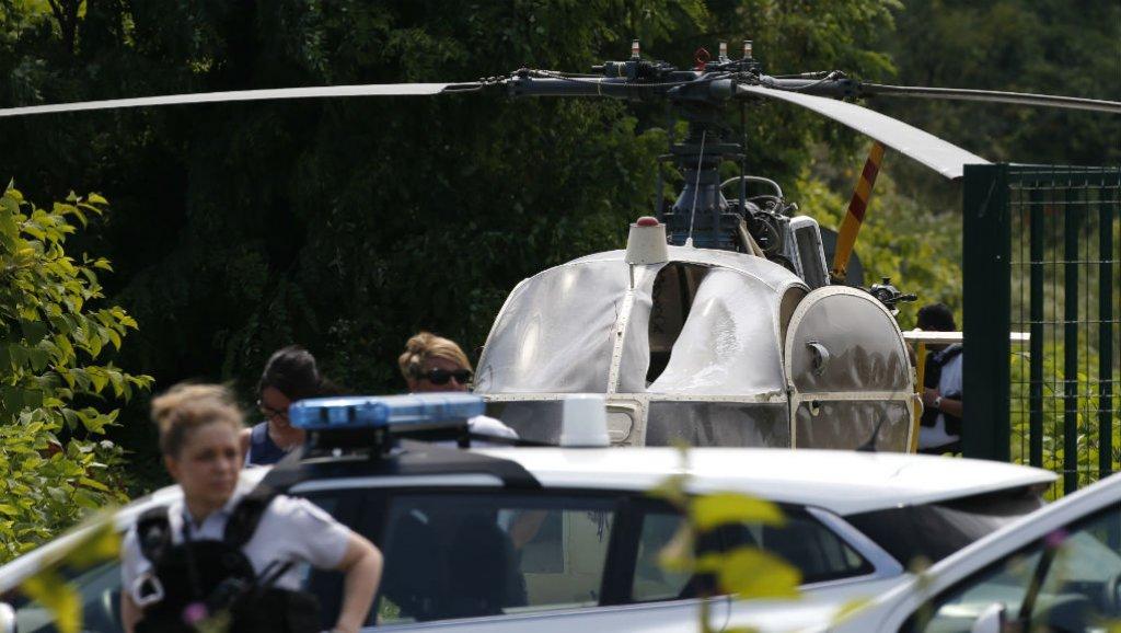 أخطر عملية هروب من السجن بهليكوبتر (4)