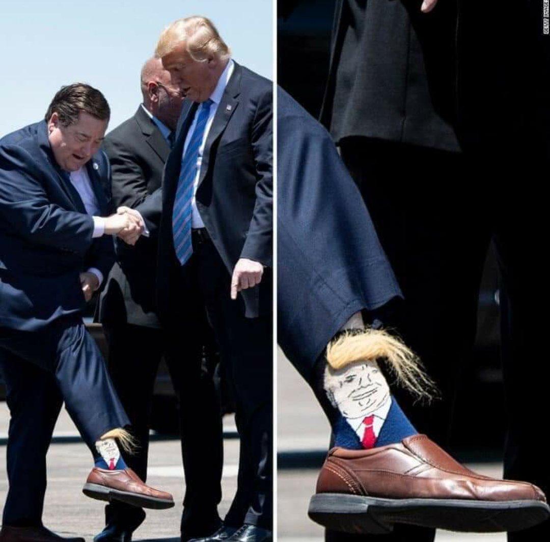 جوارب ترامب