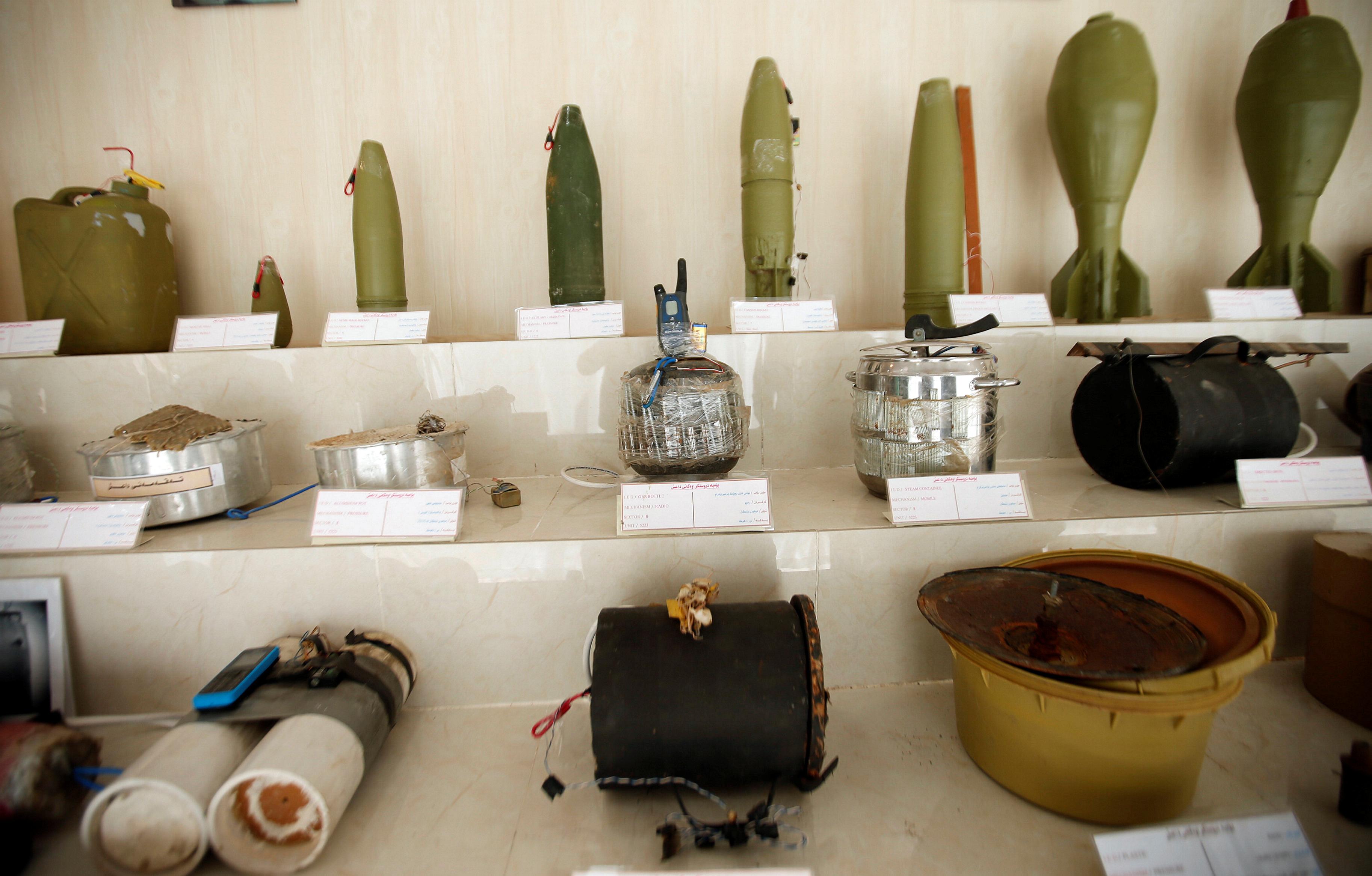 مقتنيات داعش داخل المتحف (6)