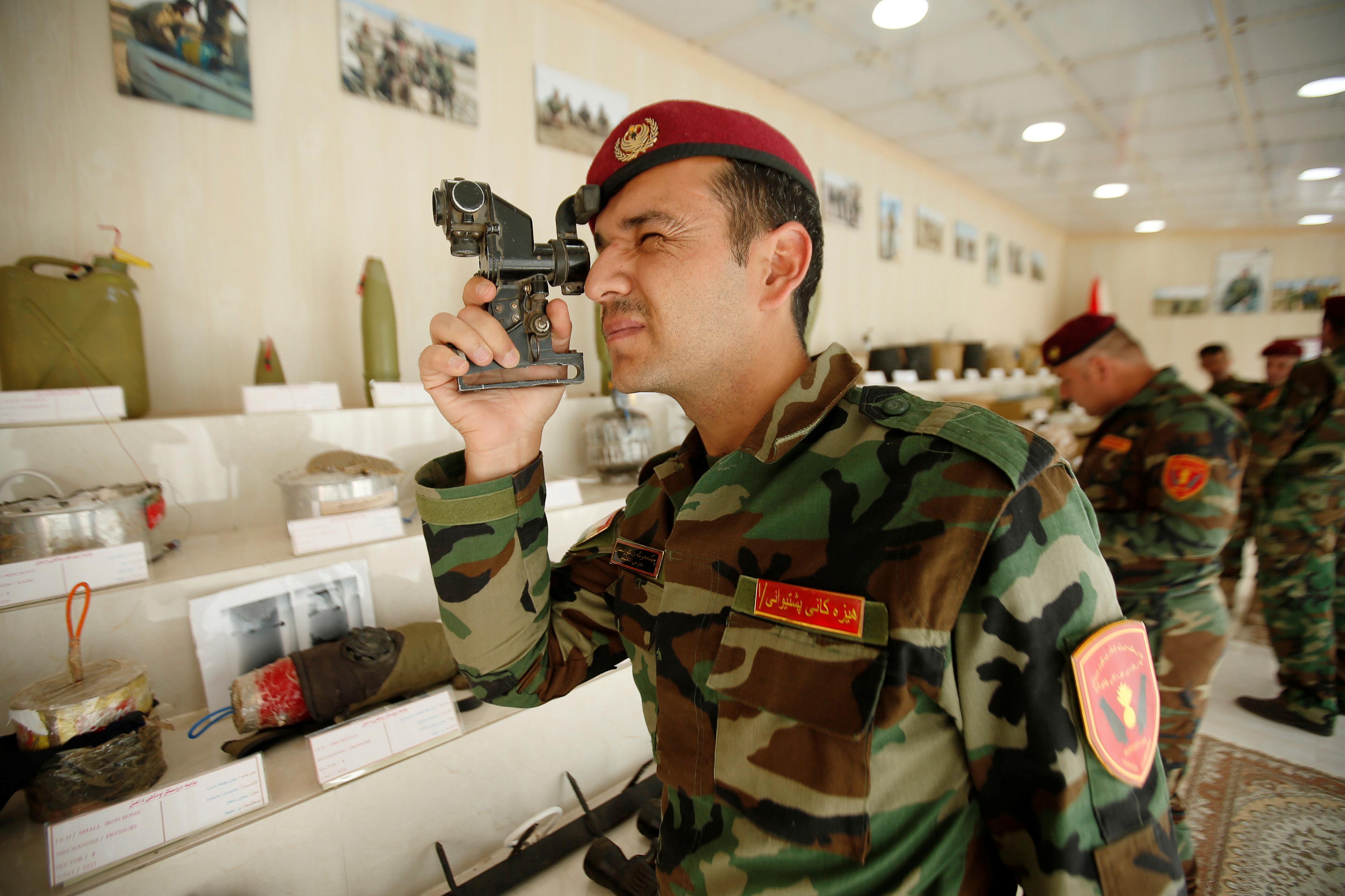 مقتنيات داعش داخل المتحف (8)