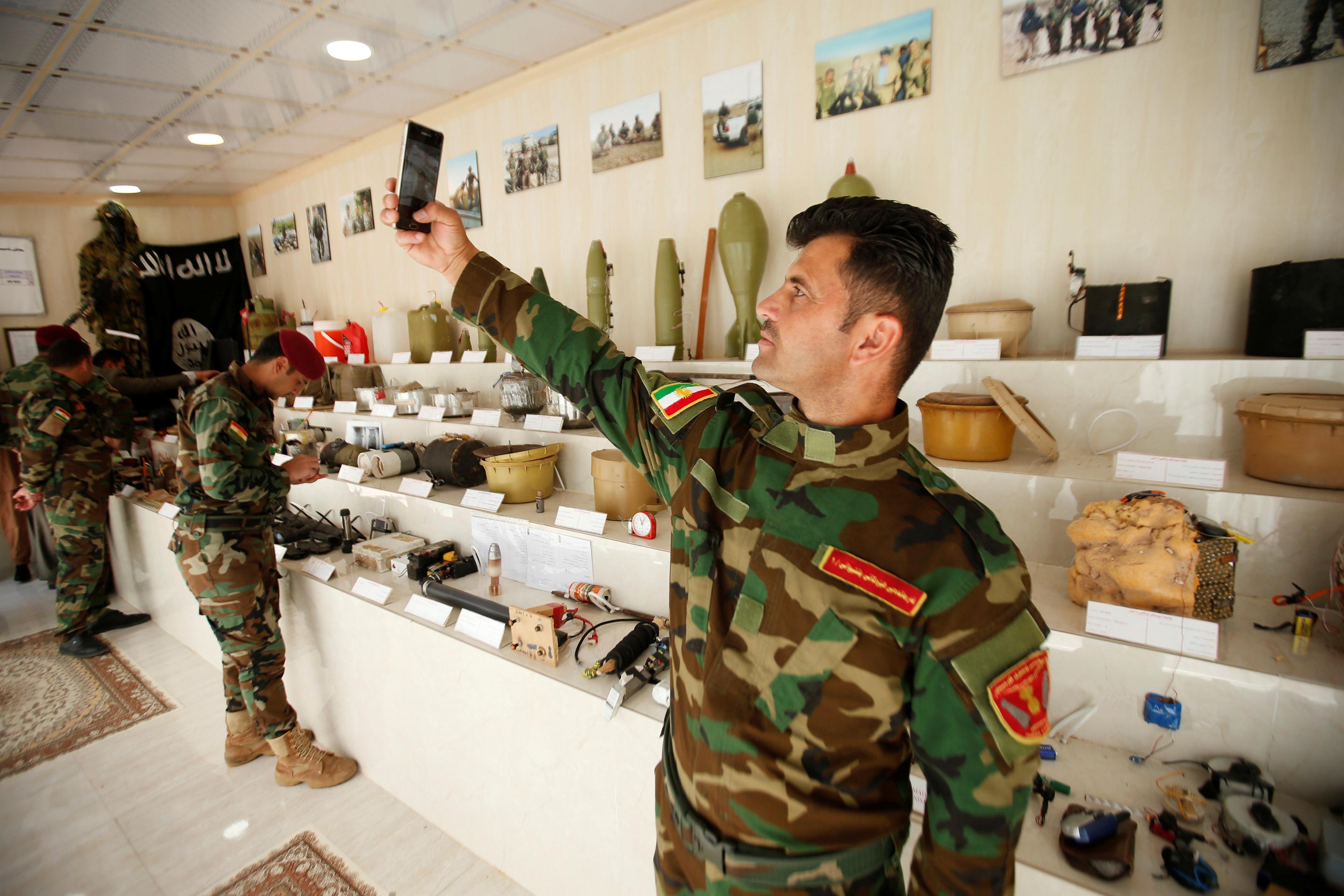 مقتنيات داعش داخل المتحف (3)