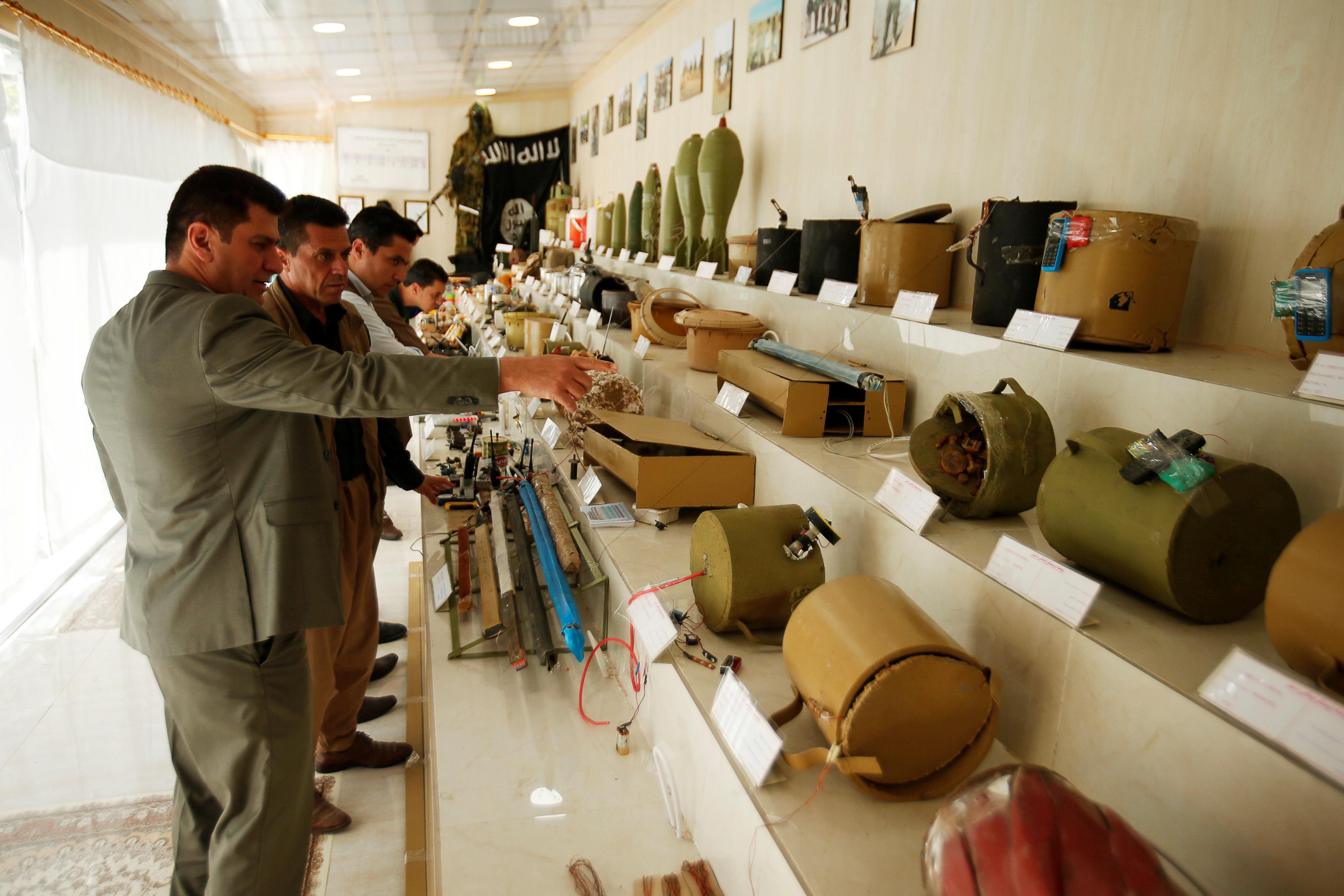 مقتنيات داعش داخل المتحف (2)