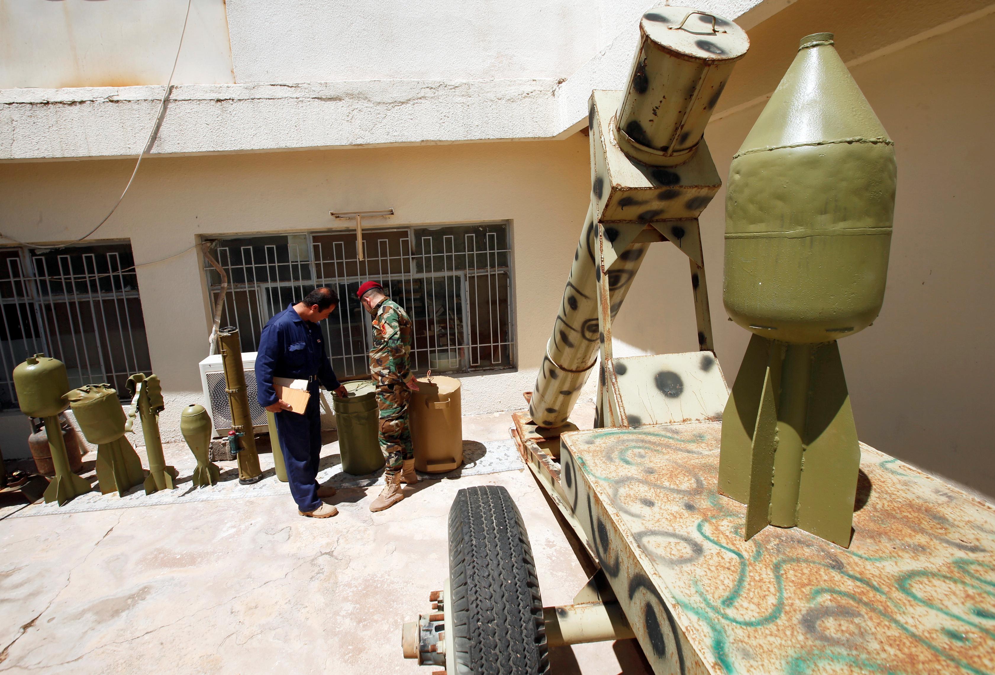 مقتنيات داعش داخل المتحف (5)