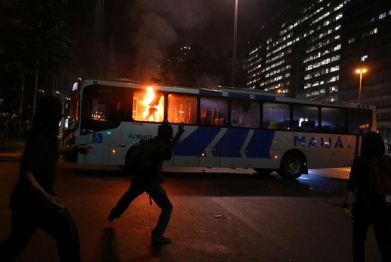 مظاهرات-بالبرازيل-(26)