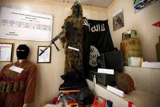 مقتنيات-داعش-داخل-المتحف-(4)
