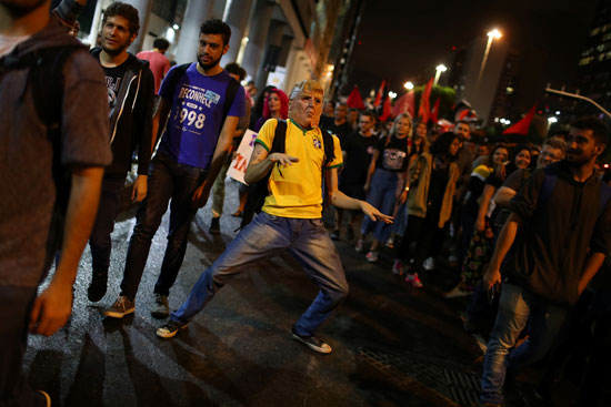 مظاهرات-بالبرازيل-(1)