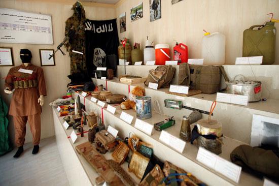 مقتنيات-داعش-داخل-المتحف-(1)