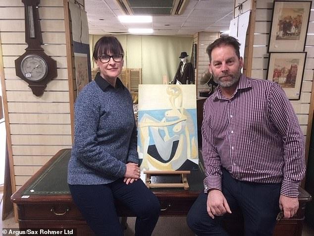 فيليب ستابلتون  مع لوحة بيكاسو