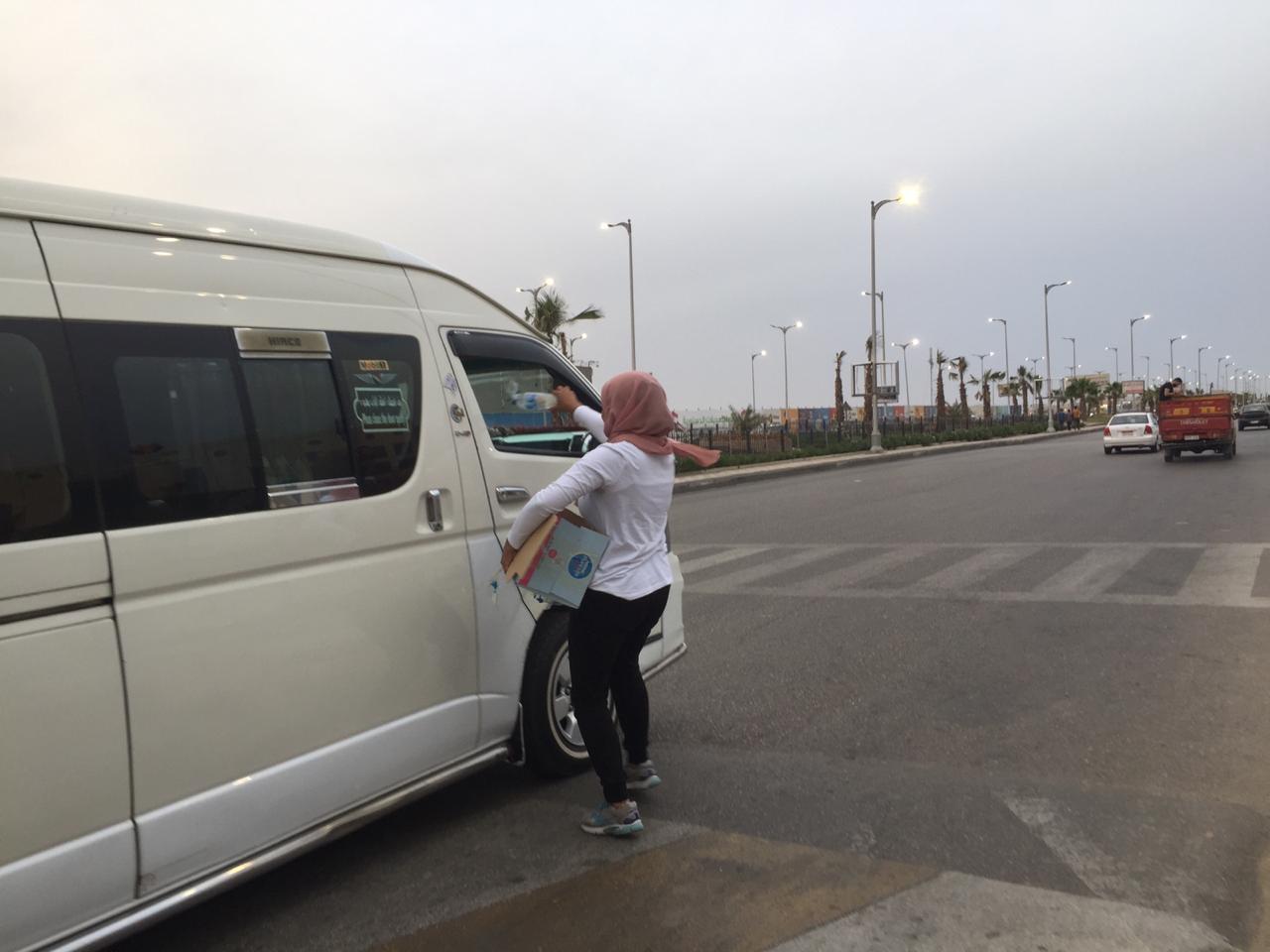 حملة إفطار صائم على الطريق (10)