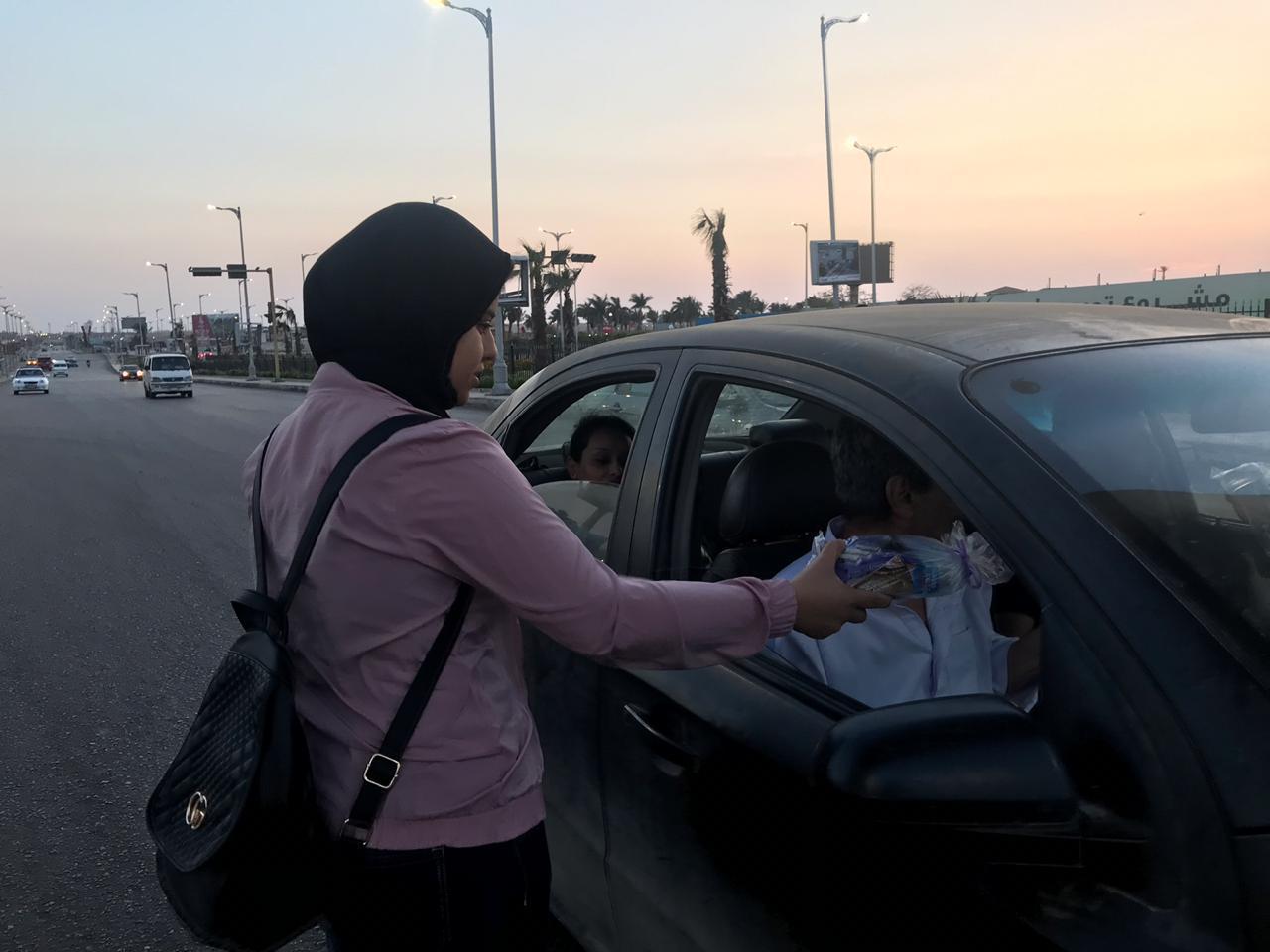 حملة إفطار صائم على الطريق (1)
