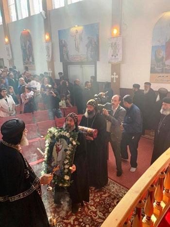البابا تواضروس يترأس صلوات عشية القديس اثناسيوس الرسولى (15)