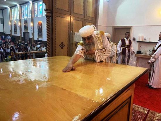 البابا تواضروس يترأس صلوات عشية القديس اثناسيوس الرسولى (2)