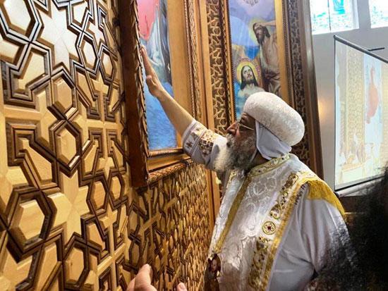 البابا تواضروس يترأس صلوات عشية القديس اثناسيوس الرسولى (4)