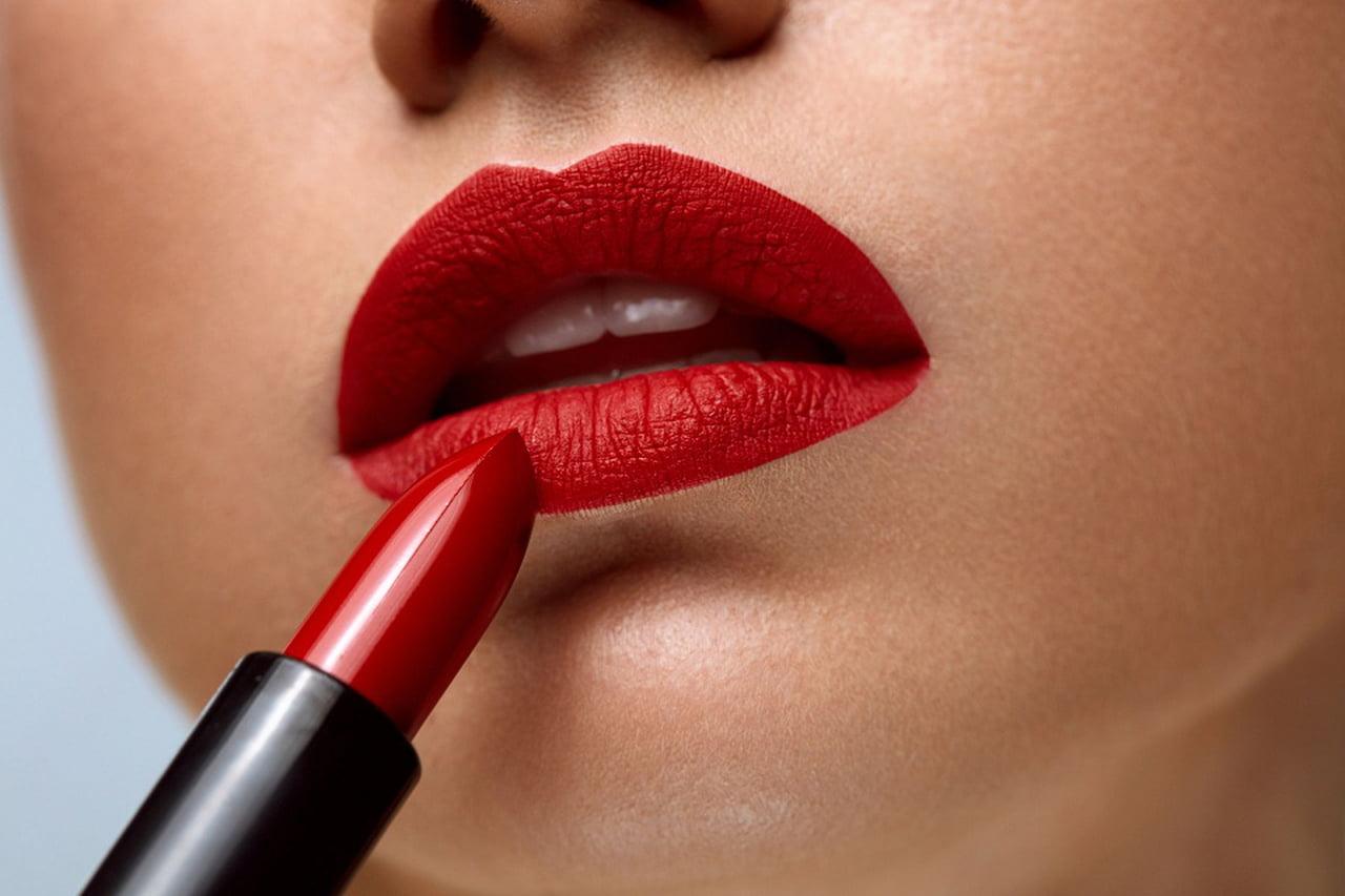 اعرفى لون احمر الشفاه المفضل حسب برجك (5)