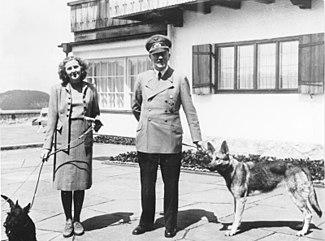 إيفا براون وهتلر