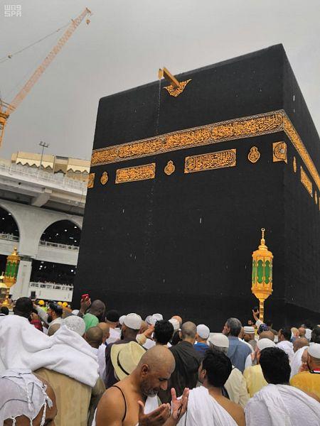 تساقط الأمطار فى المسجد الحرام