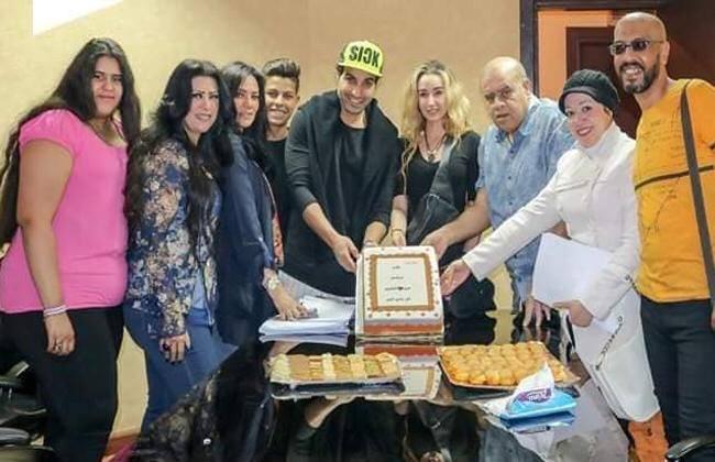 أسرة مسلسل عربى إنجليزى