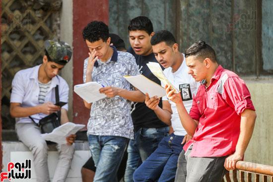 طلاب الدبلومات (9)