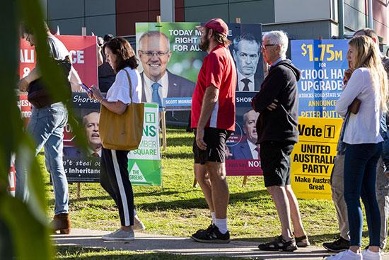 طابور الناخبين أمام لجان الاقتراع فى أستراليا
