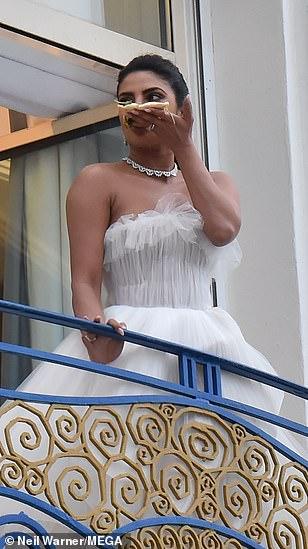 بريانكا شوبرا  (5)