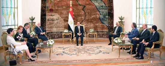 الرئيس عبد الفتاح السيسى ورئيس مجلس الشيوخ الكندى (3)