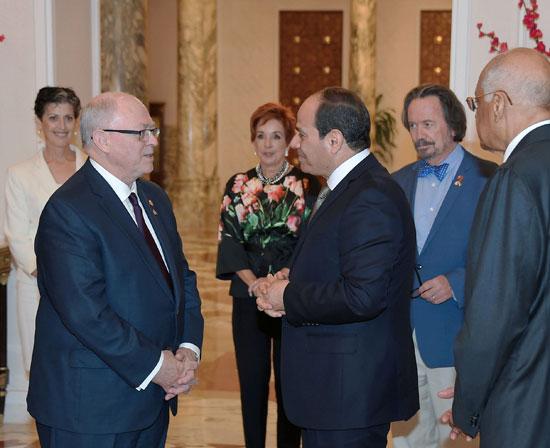 الرئيس عبد الفتاح السيسى ورئيس مجلس الشيوخ الكندى (2)