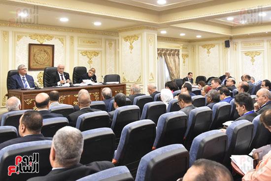 اجتماع لجنه التعليم بالبرلمان (7)