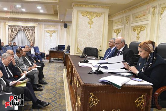 اجتماع لجنه التعليم بالبرلمان (6)