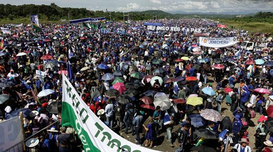 أنصار-الرئيس-البوليفى-إيفو-موراليس-يتظاهرون-دعما-لترشحة-لولاية-رابعة-(5)