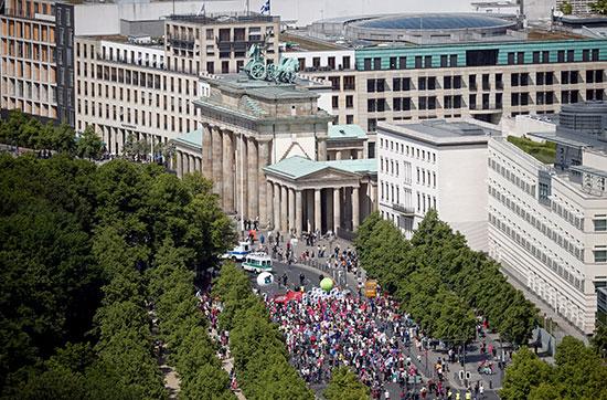 آلاف المواطنين يتظاهرون فى النمسا من أجل أوروبا عظيمة