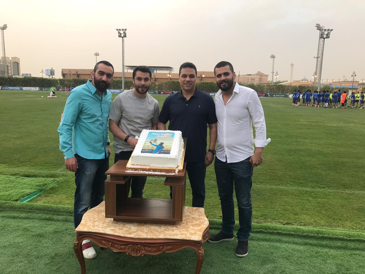 بيراميدز يحتفل بعيد ميلاد أحمد حسن فى حضور البدرى