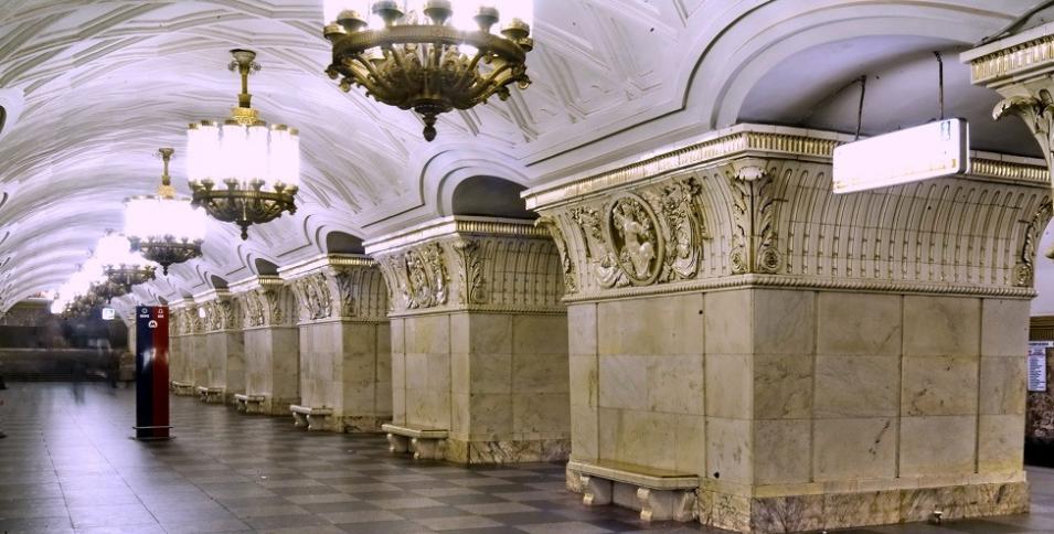 تصميم مترو موسكو