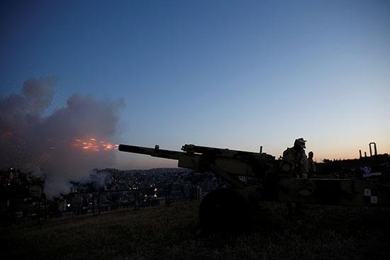 إطلاق المدفع للإعلان عن موعد الافطار فى الاردن