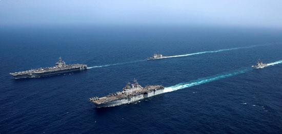 جانب من المناورات الأمريكية فى بحر العرب (7)