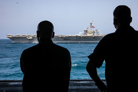 جانب من المناورات الأمريكية فى بحر العرب (5)