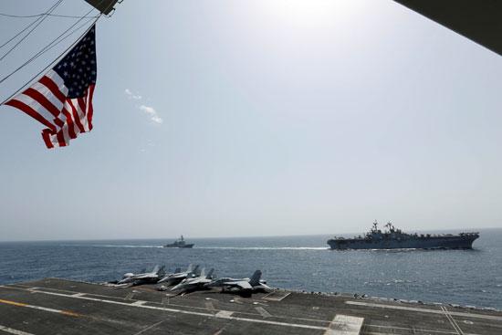 جانب من المناورات الأمريكية فى بحر العرب (1)