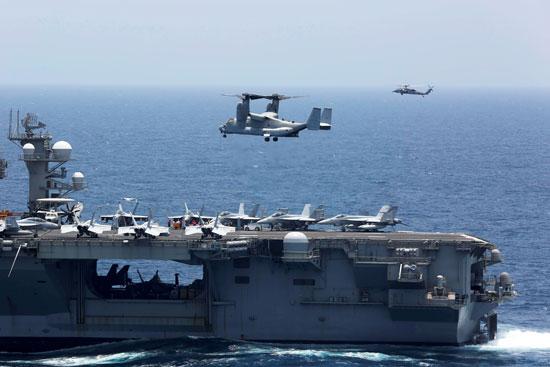 جانب من المناورات الأمريكية فى بحر العرب (6)