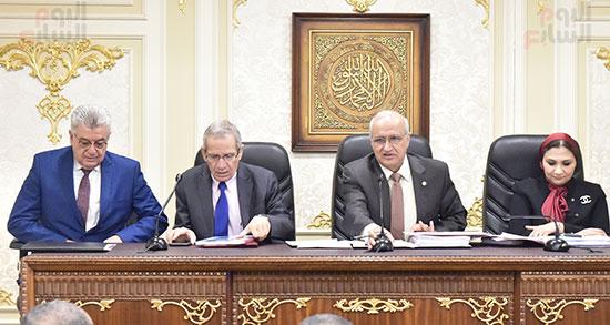 اجتماع لجنة التعليم والبحث العلمي بمجلس النواب (1)