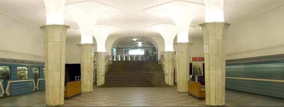مترو موسكو.