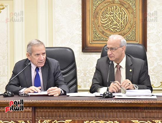 اجتماع لجنة التعليم والبحث العلمي بمجلس النواب (4)