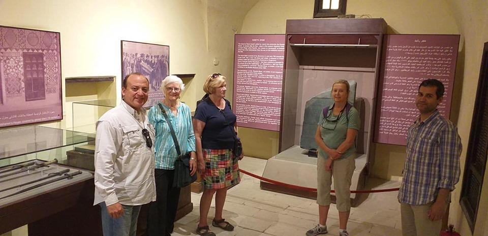 متحف رشيد يستقبل وفود أجنبية (20)