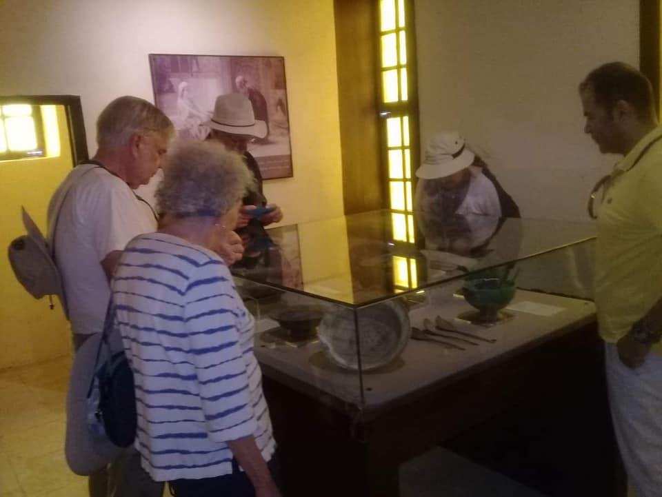 متحف رشيد يستقبل وفود أجنبية (3)