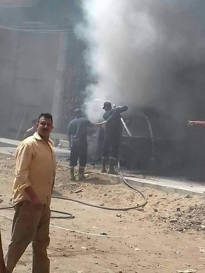 السيطرة على حريق سيارة بمنطقة كفر الجزار فى بنها (3)